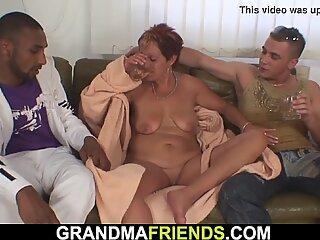 Hot Interracial Trio met Rijpevrouw MA