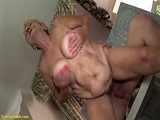 Big boob haarig 89 Jahre alt oma wird in allen möglichen Sexpositionen hart gefickt